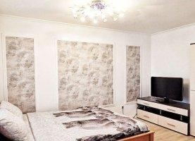 Снять - фото. Снять однокомнатную квартиру посуточно без посредников, Чебоксары, улица Пирогова, 1к6 - фото.