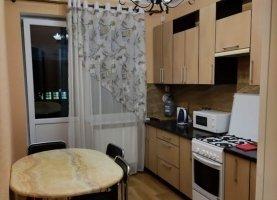 Сдаю однокомнатную квартиру, 31 м2, Калининград, улица Александра Суворова, 137А