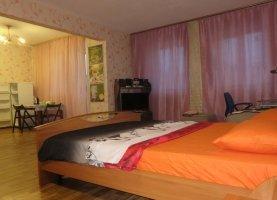 Снять - фото. Снять квартиру студию посуточно без посредников, Московская область, улица Каляева, 7 - фото.